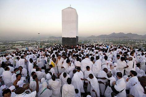 وزارة الحج تدشن نظاما الكترونيا لمتابعة تنقلات الحجيج فى مكة والمشاعر المقدسة