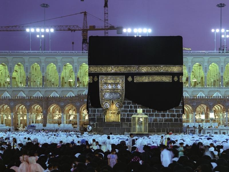 صحيفة مكة: 8 تأشيرات مرشحة للاستثناء من الرسوم